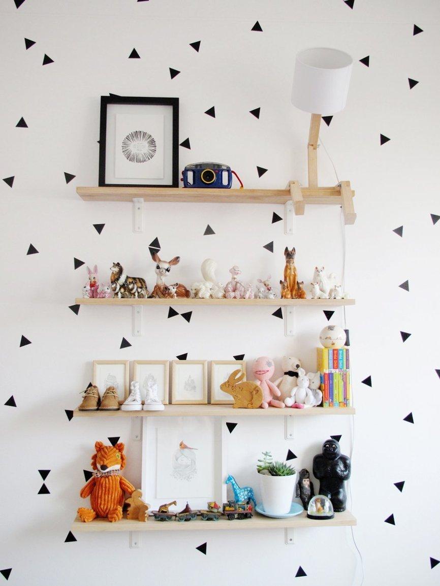 La bonita habitaci n infantil de nina es un espacio lleno for Stickers habitacion nina