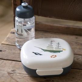 Lunch box w/divider | Seven Seas