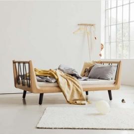 VII Classic Bed