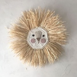 Crochet and raffia lion's head - ochre