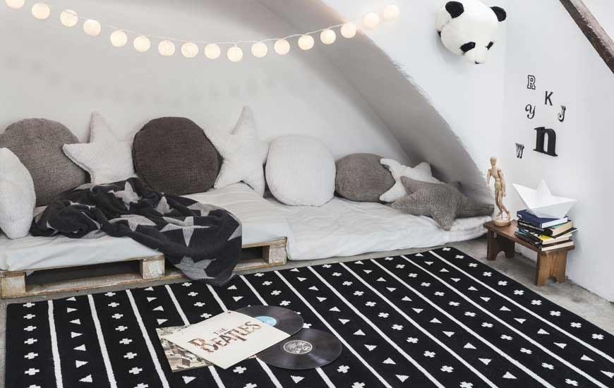 Alfombras infantiles para habitaciones beb s y ni os the - Alfombras acrilicas ...