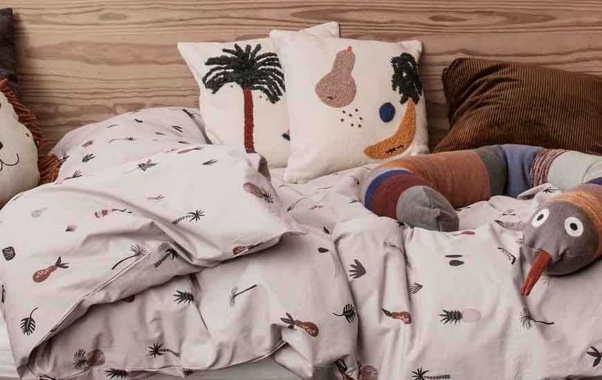 Duvet covers bed