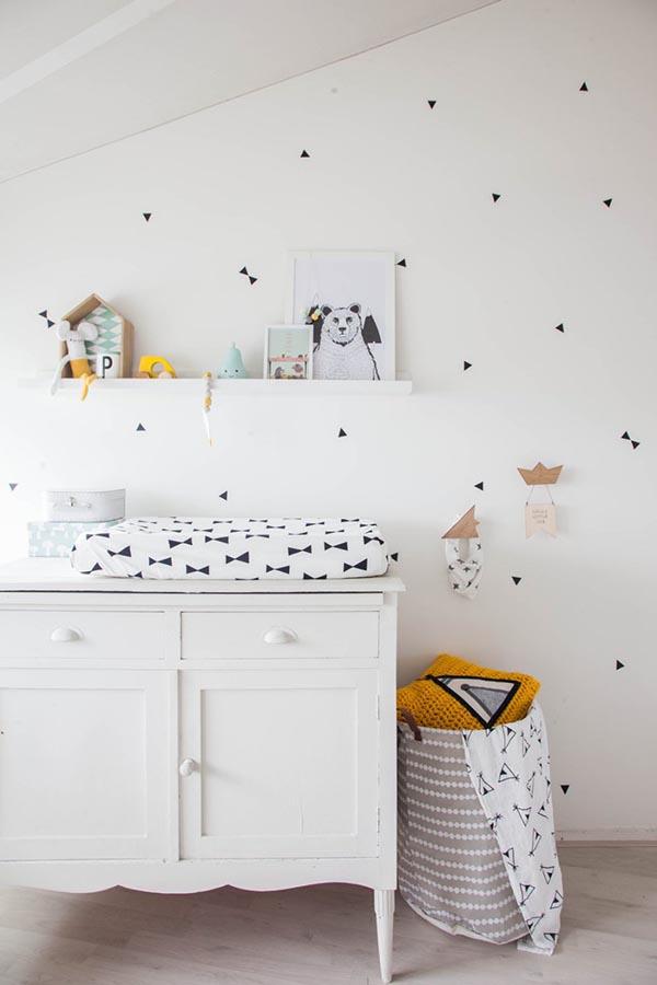 dormitorio infantil blanco y gris 5